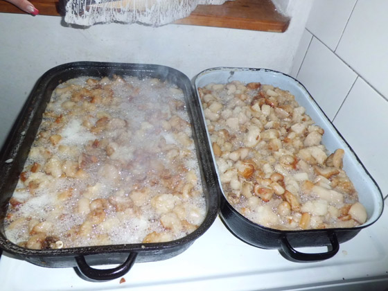 Kuchyňa starých materí - Maškrty zo zabíjačky dnes rozvoňajú skanzen vo Vychylovke