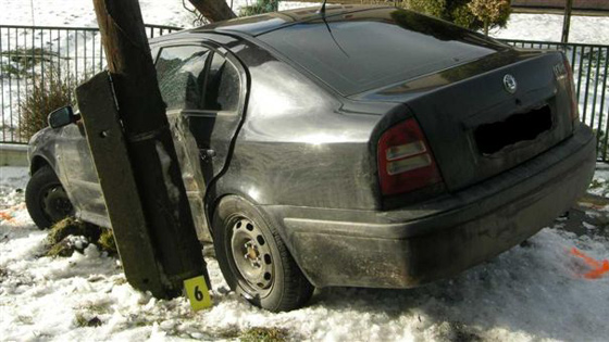 21-ročná vodička havarovala na Olešnej, asistoval aj alkohol