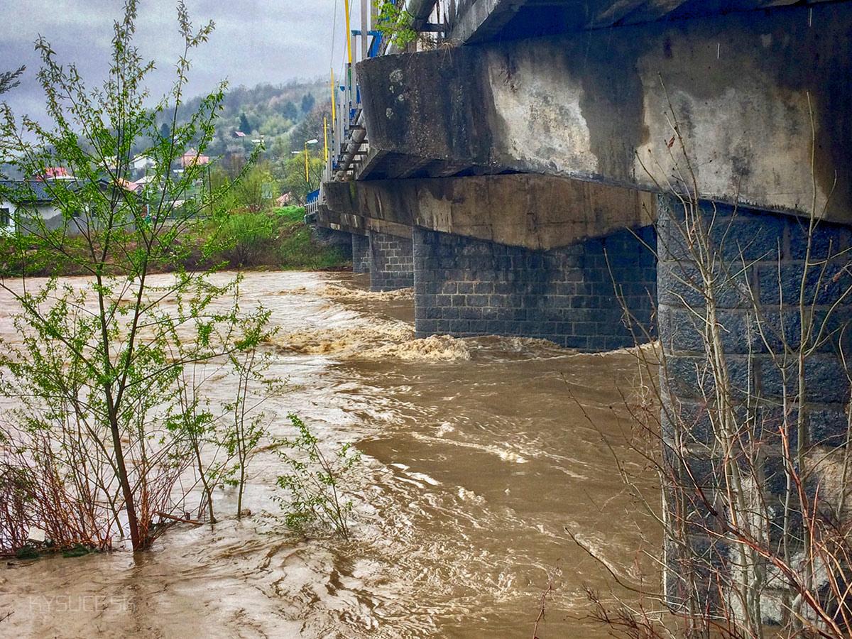 3-povodnovy-stupen-rieka-kysuca-2017-cadca-10.jpg