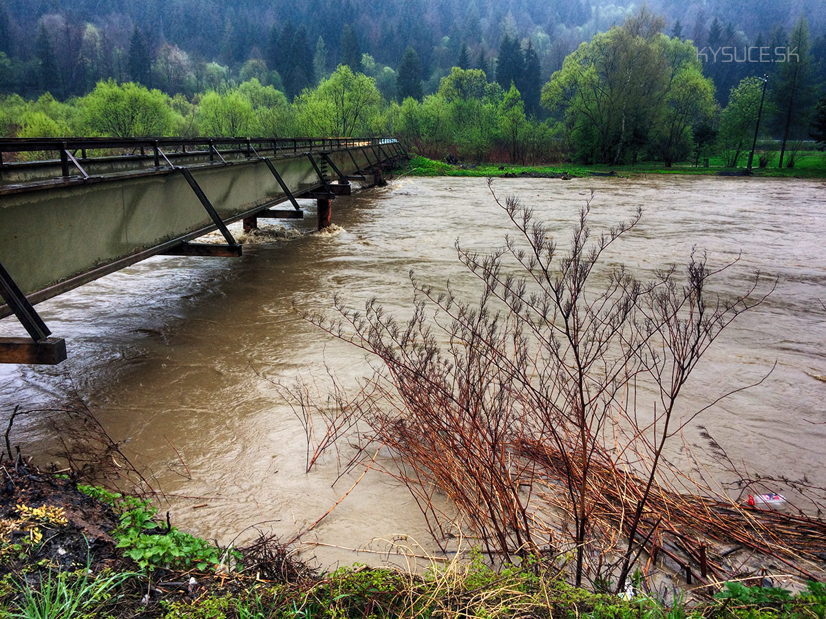 3-povodnovy-stupen-rieka-kysuca-2017-cadca-5.jpg