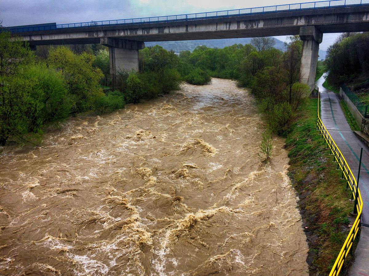 3-povodnovy-stupen-rieka-kysuca-2017-cadca-9.jpg