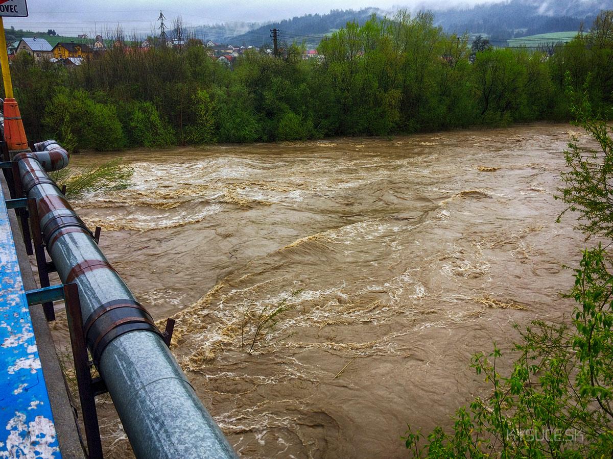 3-povodnovy-stupen-rieka-kysuca-2017-dunajov1.jpg