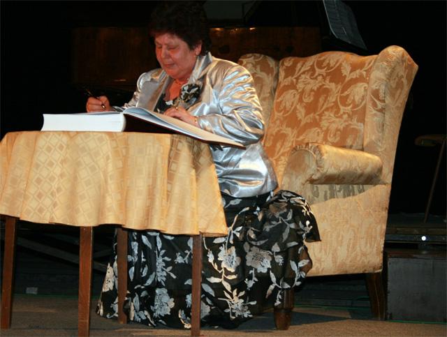 den-ucitelov-cadca-2009-03-21.jpg