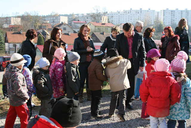 detske-ihrisko-2010-29.jpg