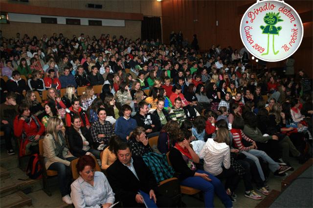 divadlo-detom-cadca-2009-2.jpg
