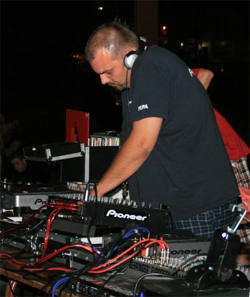 dj-show-foto-sh-2008-29.jpg