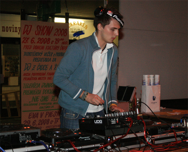 dj-show-foto-sh-2008-83.jpg