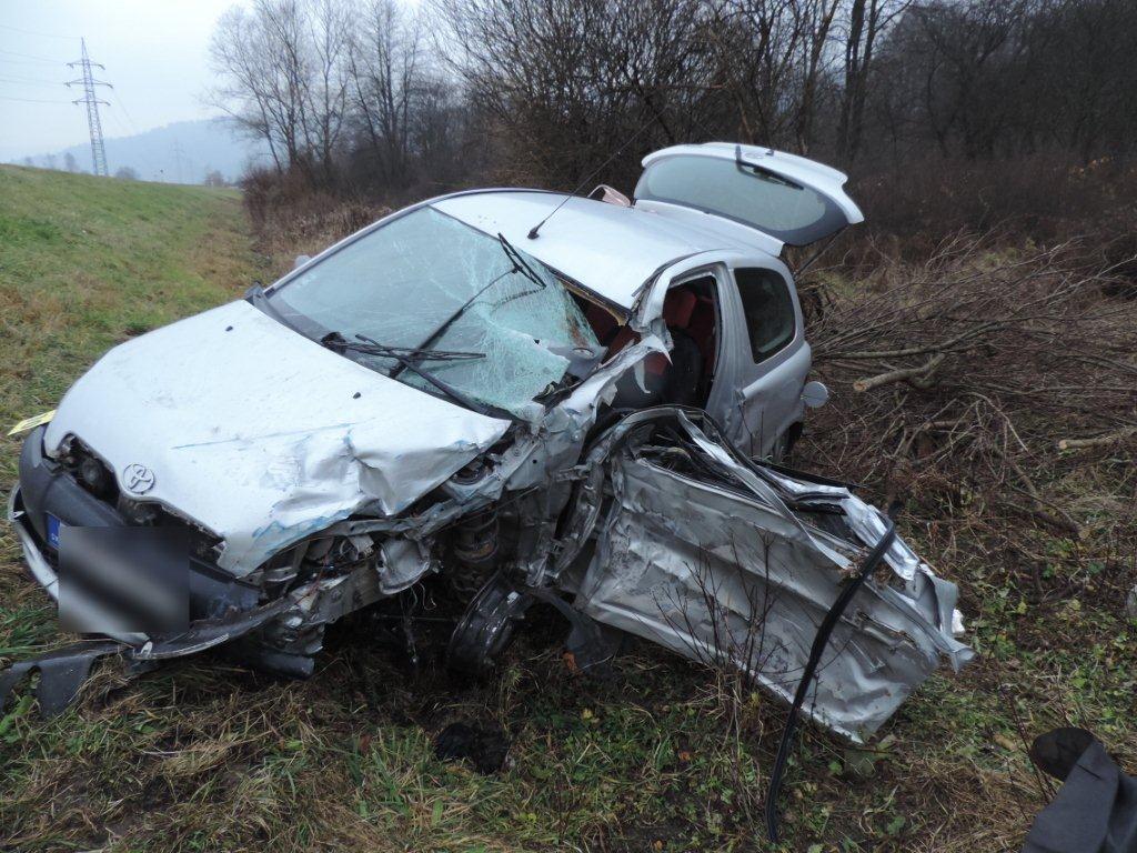 dopravna-nehoda-krasno-nad-kysucou-2016-11-6.jpg