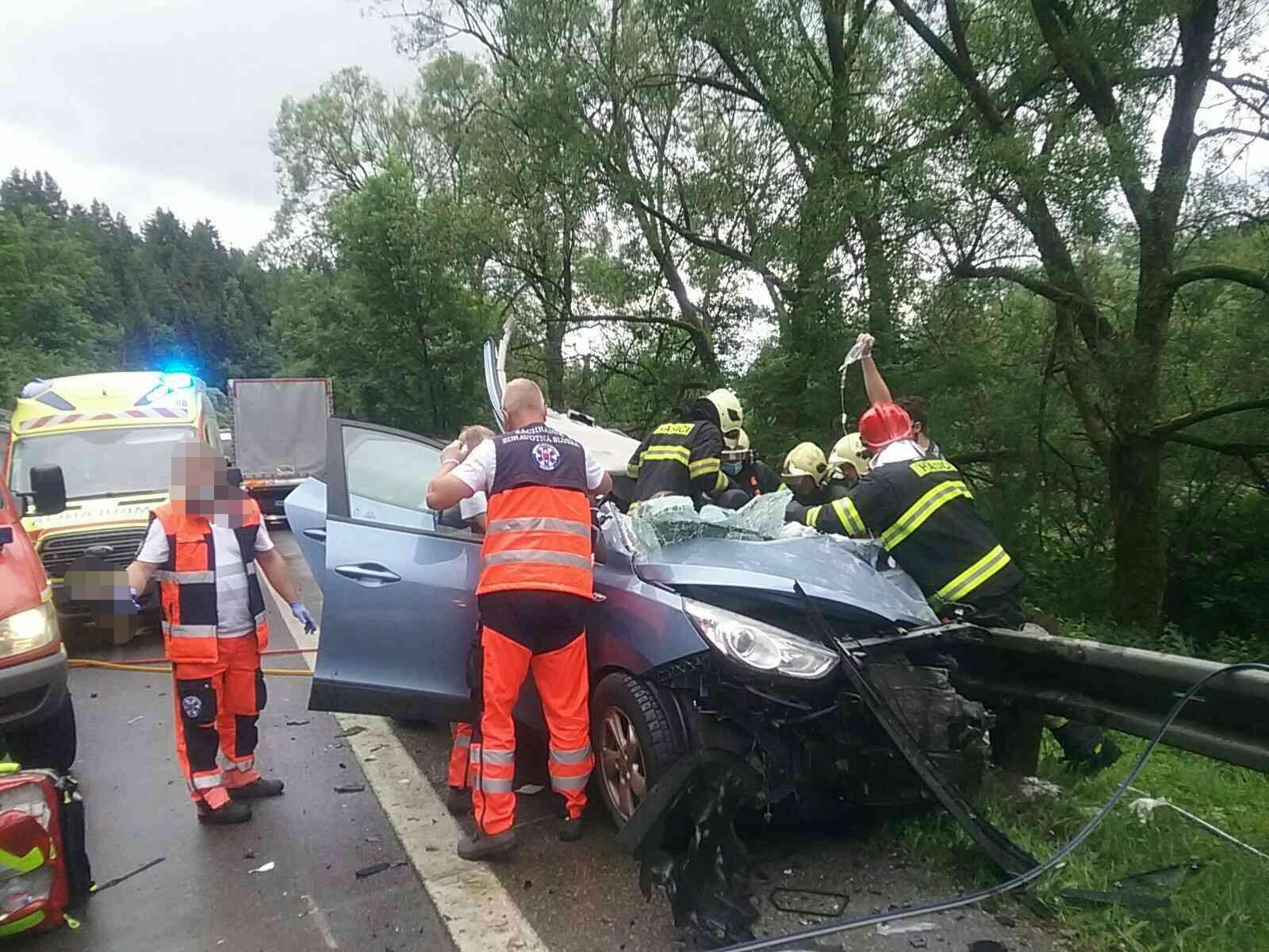 dopravna-nehoda-kysucky-lieskovec-2020-2.jpg