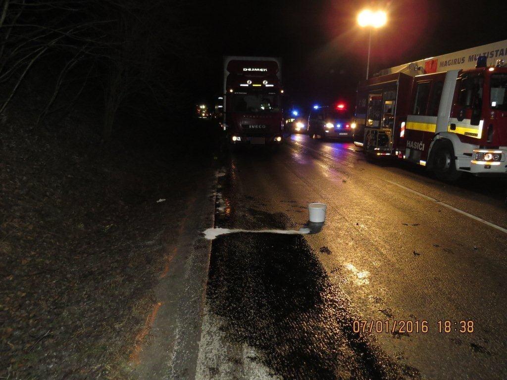dopravna-nehoda-makov-kolarovice-2016-8.jpg