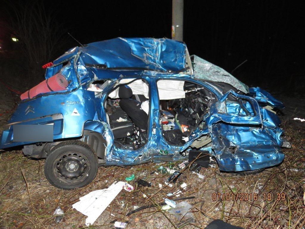 dopravna-nehoda-makov-kolarovice-2016-9.jpg