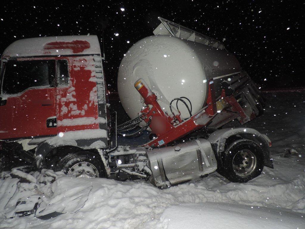 dopravna-nehoda-oscadnica-2017-01-4.jpg