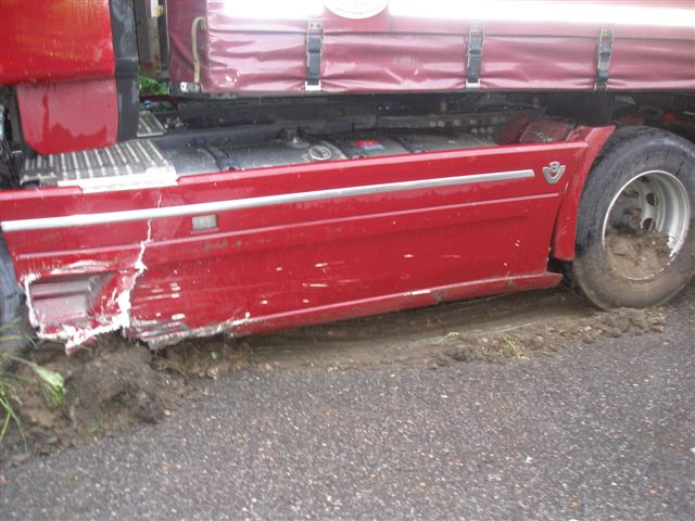 dopravna-nehoda-radola-kysucke-nove-mesto-2012-11.jpg
