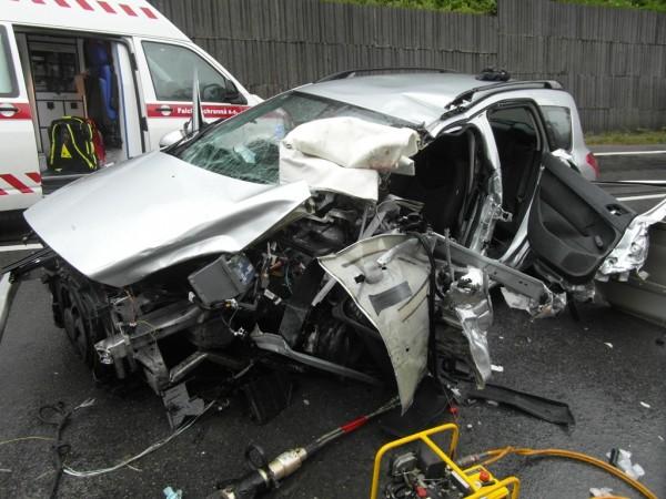 dopravna-nehoda-radola-kysucke-nove-mesto-2012-2.jpg