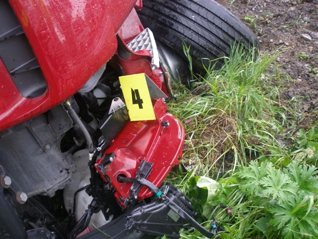 dopravna-nehoda-radola-kysucke-nove-mesto-2012-9.jpg