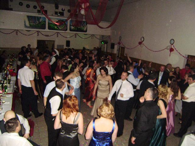 fasiangovy-ples-nb-2010-1.jpg
