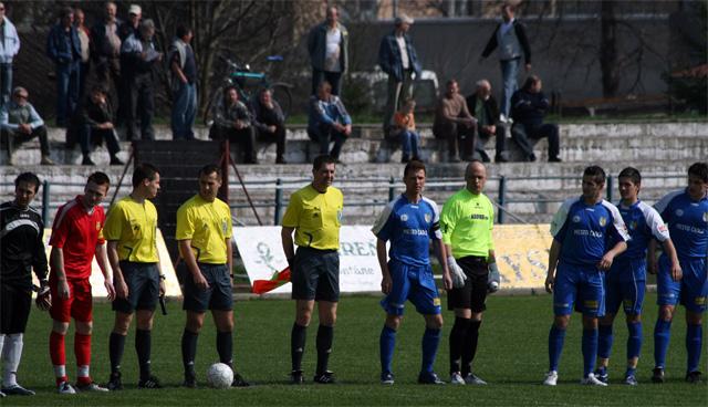 fk-cadca-jednota-banova-2009-2.jpg