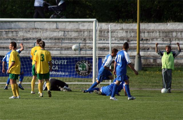 fk-cadca-zilina-b-2009-04-47.jpg