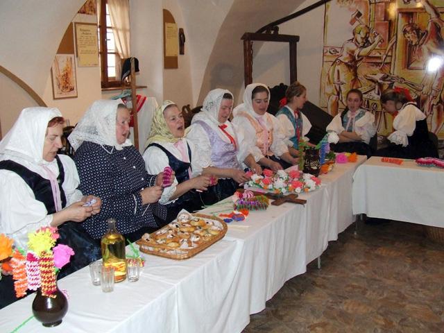 folklorny-subor-staskovanka-2009.jpg