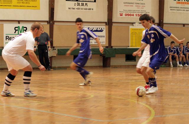 futsal-cadca-turnaj-2010-15.jpg