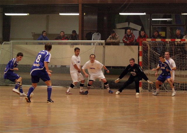 futsal-cadca-turnaj-2010-9.jpg