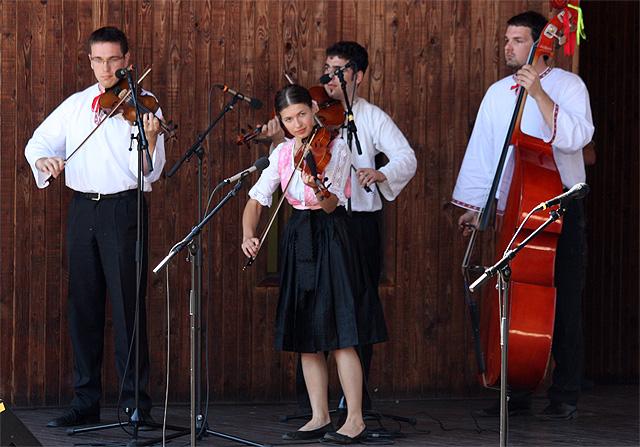 goralske-slavnosti-skalite-2010-35.jpg