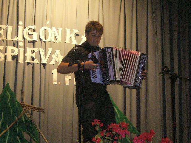 heligonka-spieva-2011-10-15.jpg