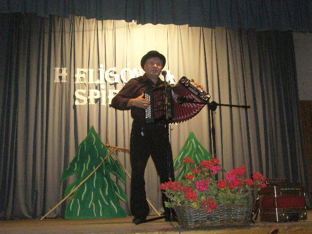 heligonka-spieva-2011-10-16.jpg