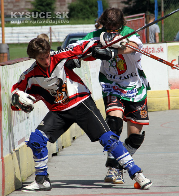 hokejbal-all-star-game-2012-cadca-11.jpg