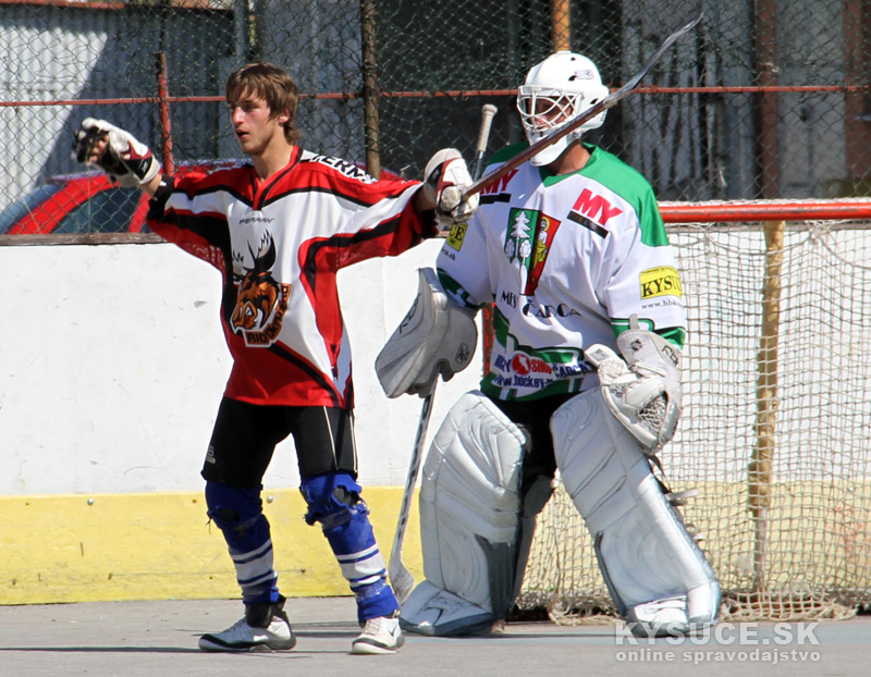 hokejbal-all-star-game-2012-cadca-13.jpg