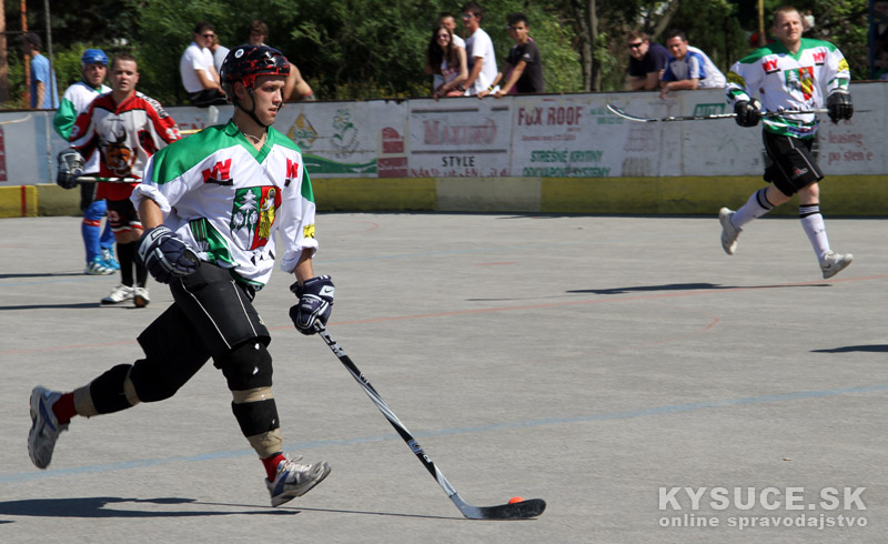 hokejbal-all-star-game-2012-cadca-14.jpg