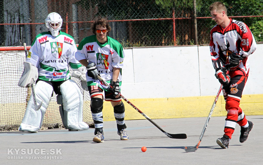 hokejbal-all-star-game-2012-cadca-17.jpg