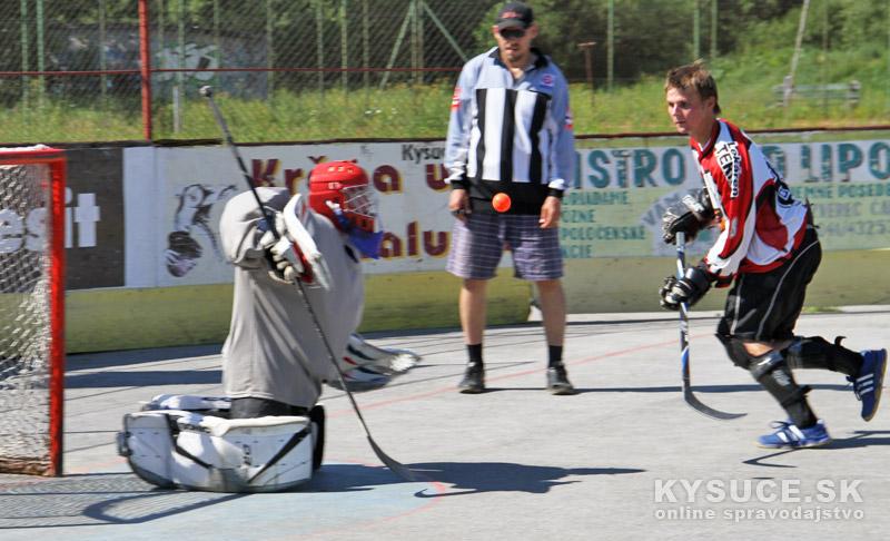 hokejbal-all-star-game-2012-cadca-18.jpg