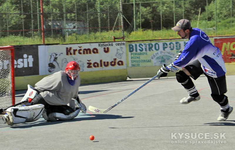 hokejbal-all-star-game-2012-cadca-21.jpg
