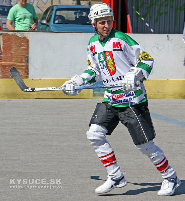 hokejbal-all-star-game-2012-cadca-23.jpg