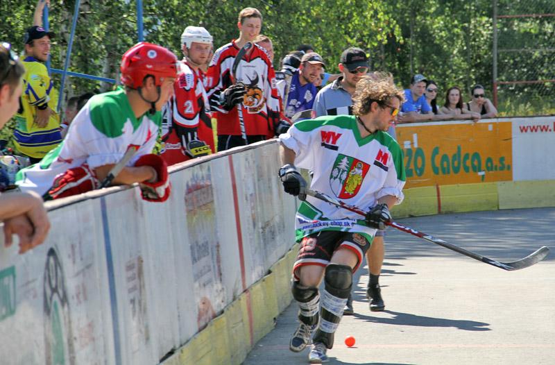 hokejbal-all-star-game-2012-cadca-24.jpg