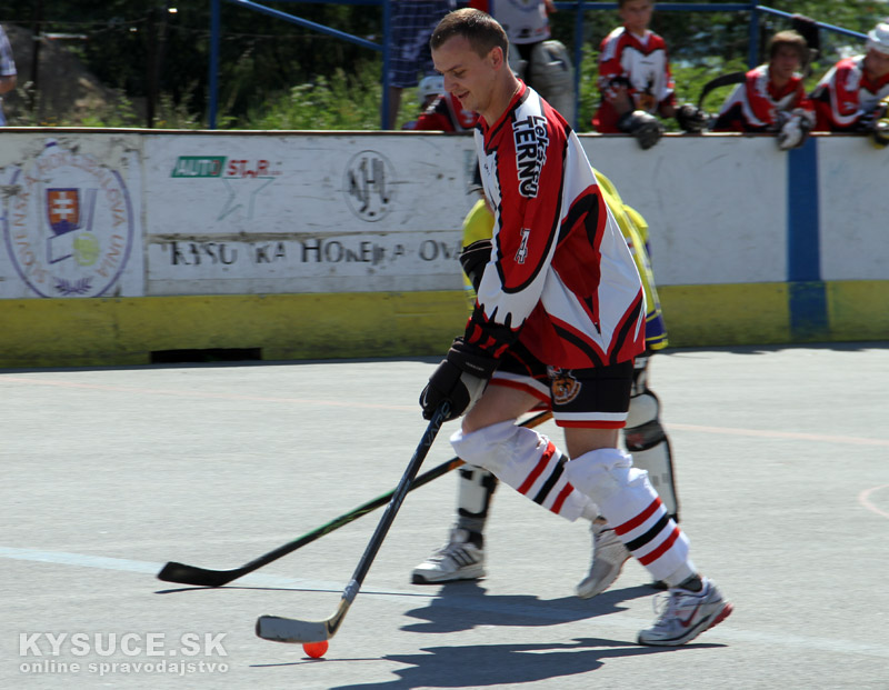 hokejbal-all-star-game-2012-cadca-3.jpg