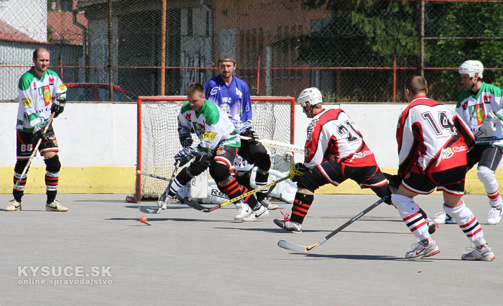 hokejbal-all-star-game-2012-cadca-7.jpg