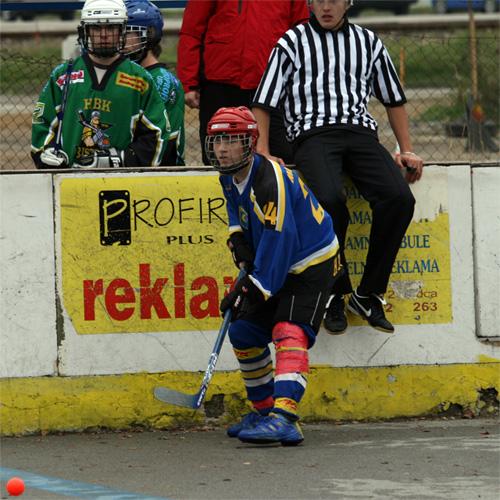 hokejbal-cadca-pruske-2008-10-4.jpg