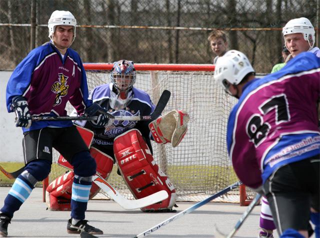 hokejbal-khl-2009-04-14.jpg