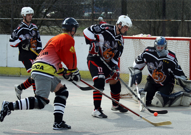 hokejbal-khl-2009-04-27.jpg