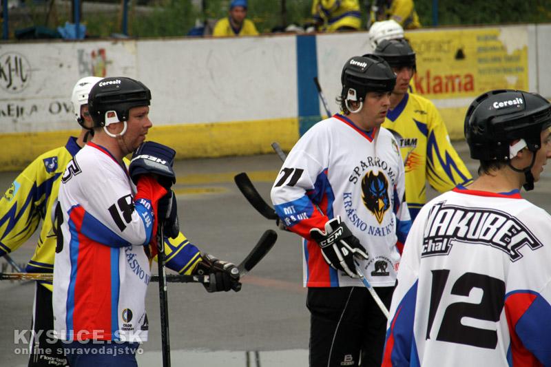 hokejbal-play-off-2012-6-10.jpg