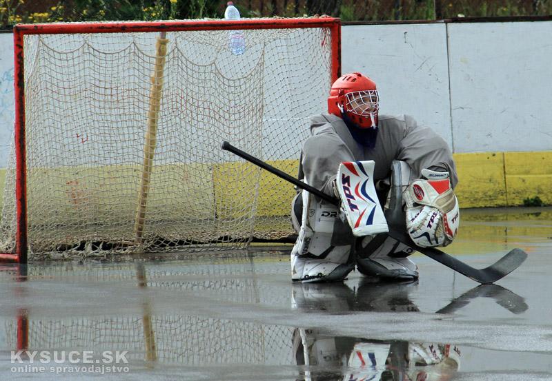 hokejbal-play-off-2012-6-30.jpg