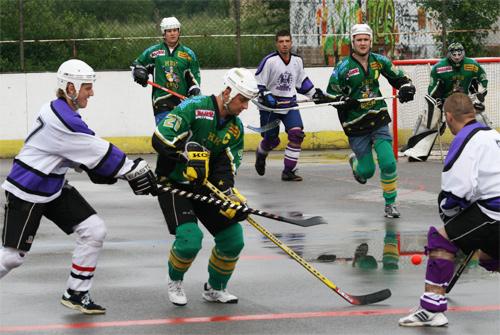 hokejbal-play-off-5-6-08-3.jpg