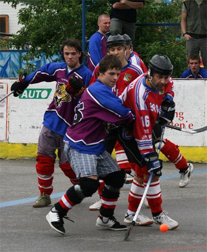 hokejbal-playoff-5-6-08-19.jpg