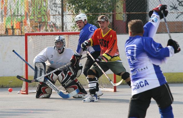 hokejbal-pohar-primatora-2008-13.jpg