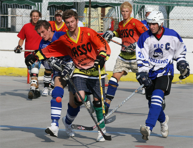hokejbal-pohar-primatora-2008-3.jpg
