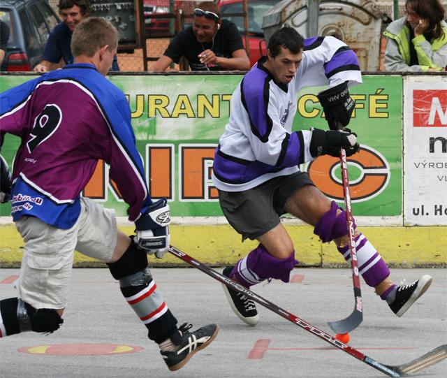 hokejbal-pohar-primatora-2008-40.jpg
