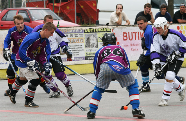 hokejbal-pohar-primatora-2008-42.jpg
