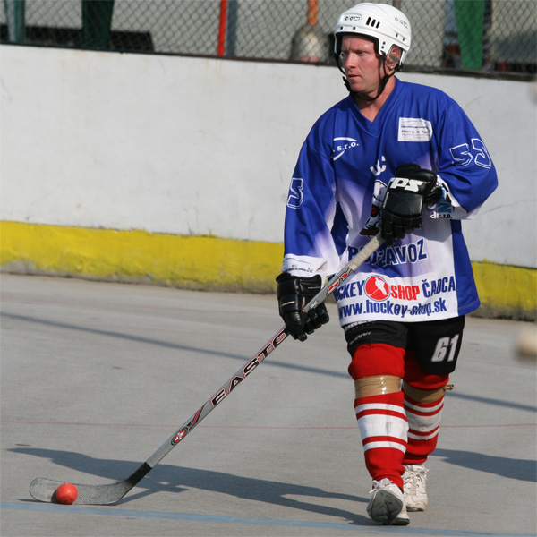 hokejbal-pohar-primatora-2008-6.jpg